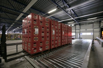 Attachment 010 logistiek image logref100374i10