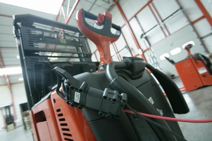 Attachment 011 logistiek image logref100419i11