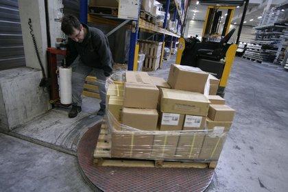 Attachment 014 logistiek image logref100474i14