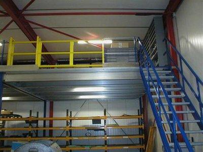 Attachment 024 logistiek image logdos101139i24