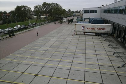 Attachment 024 logistiek image logdos101143i24
