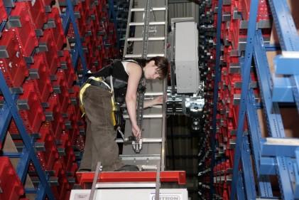Attachment 030 logistiek image logdos111987i30