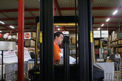 Attachment 033 logistiek image logdos101160i33