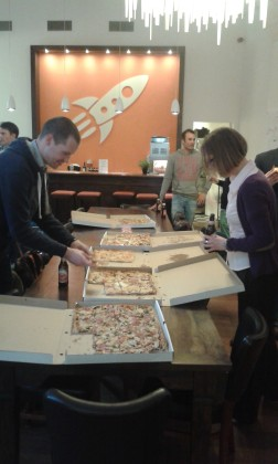Pizza party 252x420