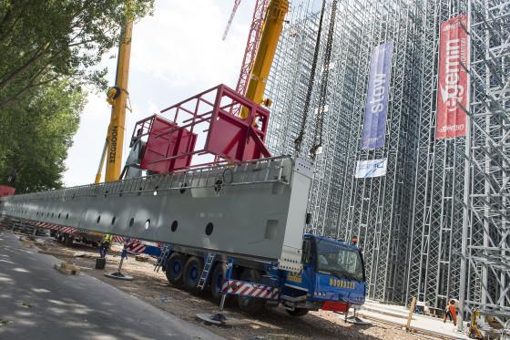 39 meter hoge kranen in nieuw dc Crop's