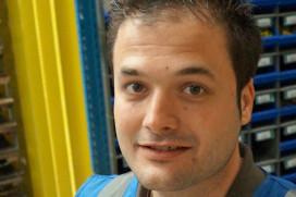 DHL werkt efficiënter met hangende opslagkolommen
