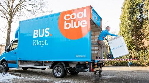 Coolblue bezorgt witgoed zelf en breidt uit in Tilburg