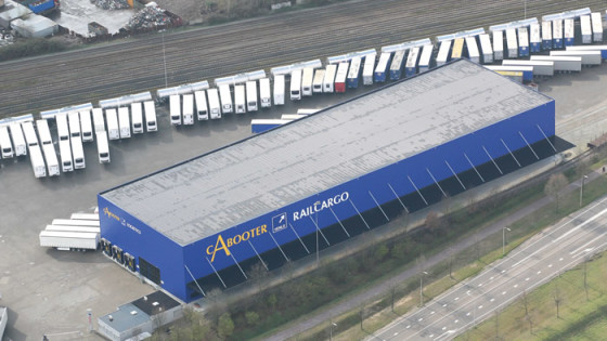 Railshuttle Cabooter tussen Antwerpen en Duisburg van start