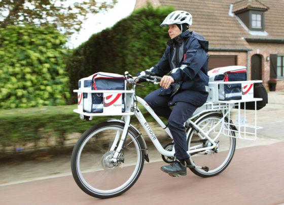 Bpost laat particulieren pakketten bezorgen met 'Bringr'