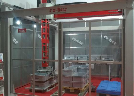 SSI Schäfer haalt robotfabrikant binnen