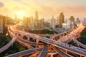 Schoon in de stad – hoe faciliteren truckfabrikanten zero emissie?