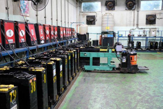 ACM legt miljoenenboete op aan importeurs tractiebatterijen heftrucks