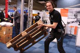 Colruyt start grootschalig testtraject met Exoskelet