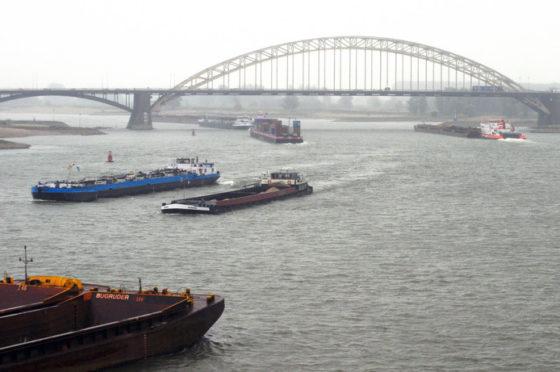 Unicum: Nijmegen wil ook milieuzone voor scheepvaart