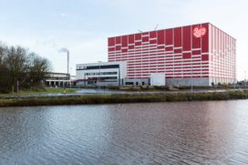 Dematic realiseert hoogbouwmagazijn voor Belgische snackfabrikant