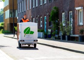 PostNL start bezorging in Utrecht met 'uitstootvrije' e-bakfiets