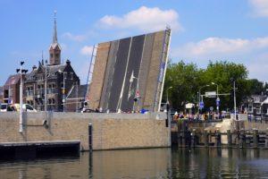 Hitte brengt transport Amsterdam in gevaar