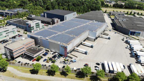 D.J. Middelkoop & Zn stelt bedrijfsdak beschikbaar voor 2.000 zonnepanelen