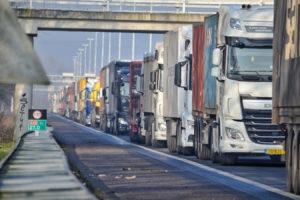 Kamer: 'Transportsector moet meepraten over truckheffing'