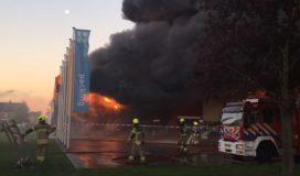Montapacking distributiecentrum verwoest door brand (update)
