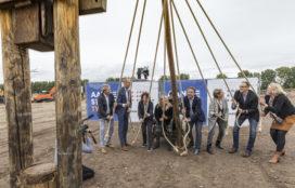 PostNL start bouw sorteercentrum voor pakketten in Almere