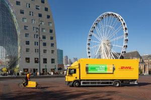 DHL neemt elektrische truck in gebruik