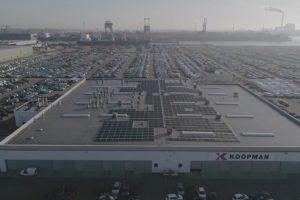 Koopman Car Terminal switcht van aardgas naar zonne-energie