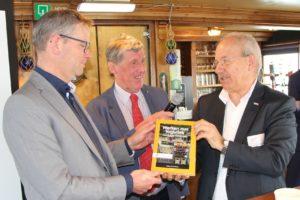 Boek 'Werken met logistiek' bestaat 25 jaar