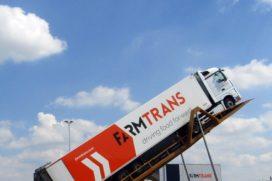 Farm Trans vervoert tijdens 'Bordeaux-project' 15 ton piepers naar Moerdijk