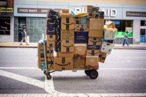 Verpakkingen moeten kleiner: zo dwingt Amazon het af