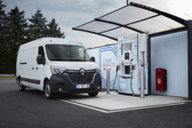 Renault introduceert bedrijfswagens op waterstof