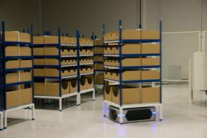 Costo presenteert robot op Logistica