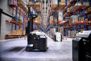 Smart warehousing in de bloemen: 'Magazijnmedewerkers niet te vinden robots wel'