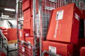 Kwakkelend Wehkamp staakt gratis retouren thuis ophalen
